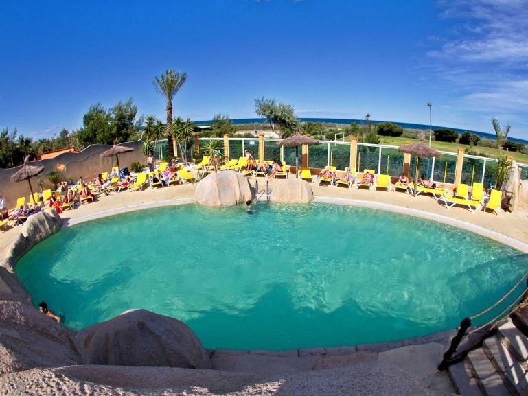 Camping village de vacances le brasilia espace baignade - Village vacances auvergne piscine ...