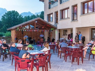 Your Evenings At The Yelloh Village Letoile Des Neiges