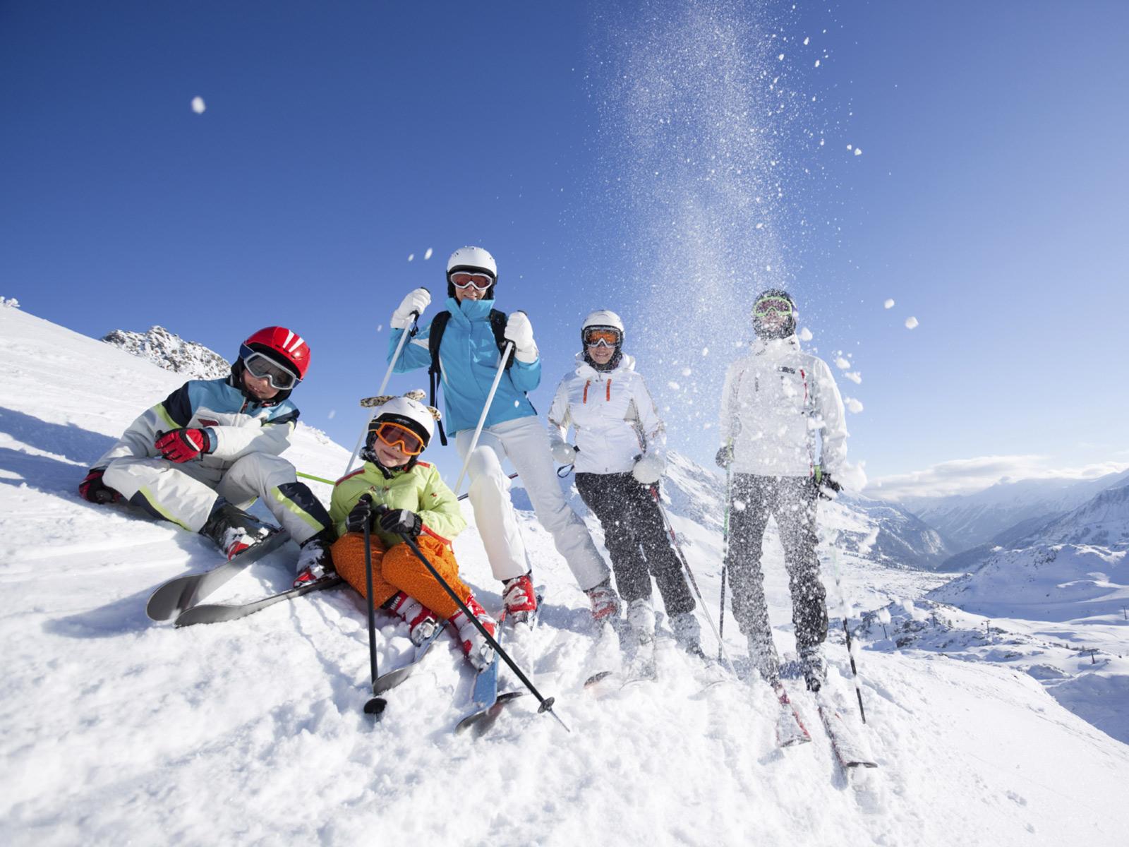 Camping Ski Pratiquez Les Sports D Hiver Avec Yelloh Village