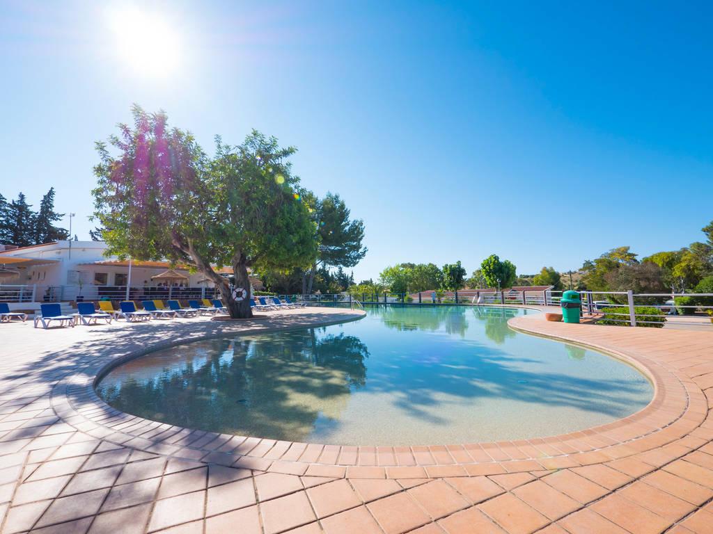 village vacances avec piscine couverte - village de vacances yelloh village algarve turiscampo piscine