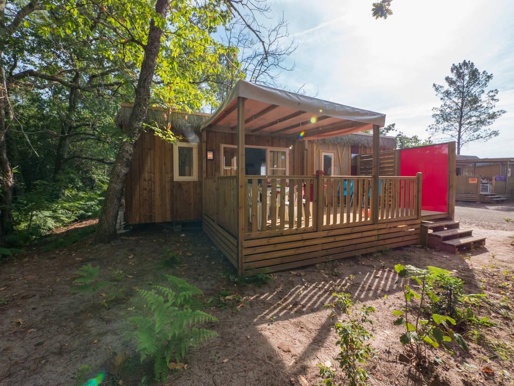 Cottage 6 personen 3 kamers 2 badkamers met airconditioning 4 bloemen parentis en born wijk maya - Ouderlijke badkamer ...
