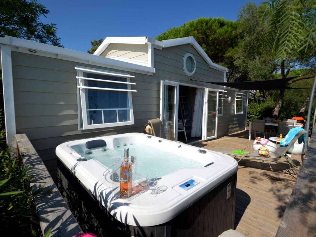 Cottage duplex 6 8 personen 3 kamers 2 badkamers met airconditioning 4 bloemen mezzanine - Ouderlijke badkamer ...