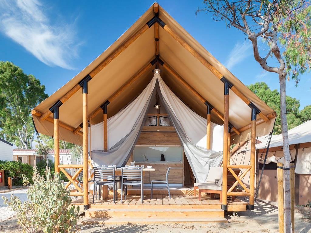 Zelt 2 Zimmer : Möbliertes zelt lodge safari personen zimmer bad