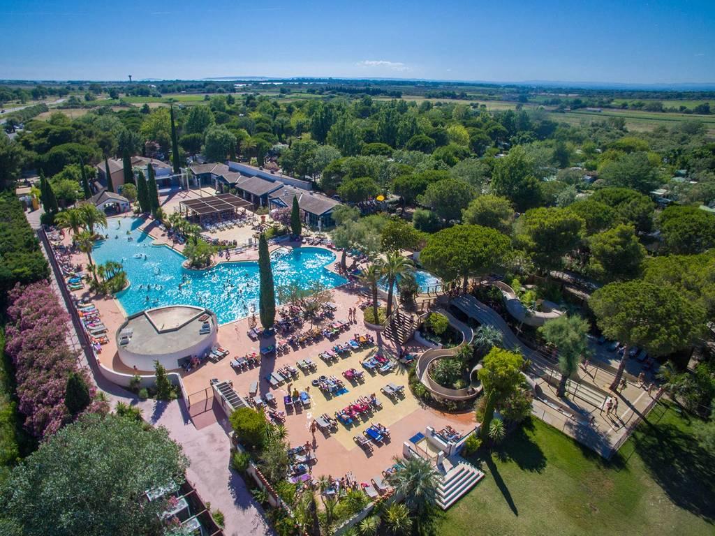 Village La Petite Camargue: Beheiztes Schwimmbad, Whirlpools, 3 Rutschen  Einschließlich Einer Mehrfachrutsche, Schwimmen Oder Entspannung   Damit  Sie ...