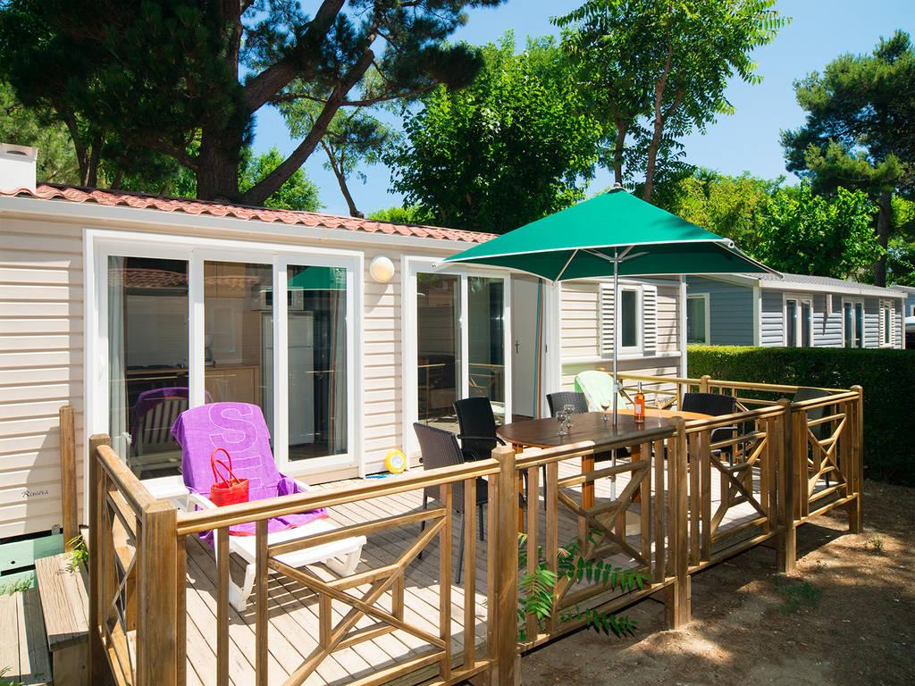 Cottage sud 5 persone 2 camere 1 bagno climatizzato 3 for Arredamento piccolo cottage