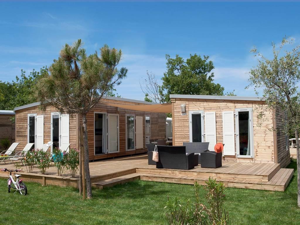 mobilhome 6 personnes 3 chambres 2 salles de bain. Black Bedroom Furniture Sets. Home Design Ideas