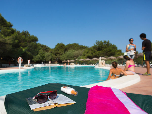 Camping les bal ares son bou yelloh village minorque for Piscine baleares