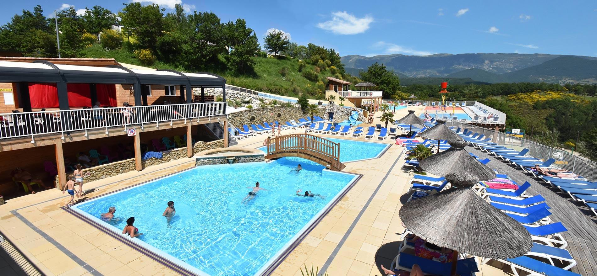 Ontdek het aquapark van camping les bois du ch telas - Camping drome avec piscine ...