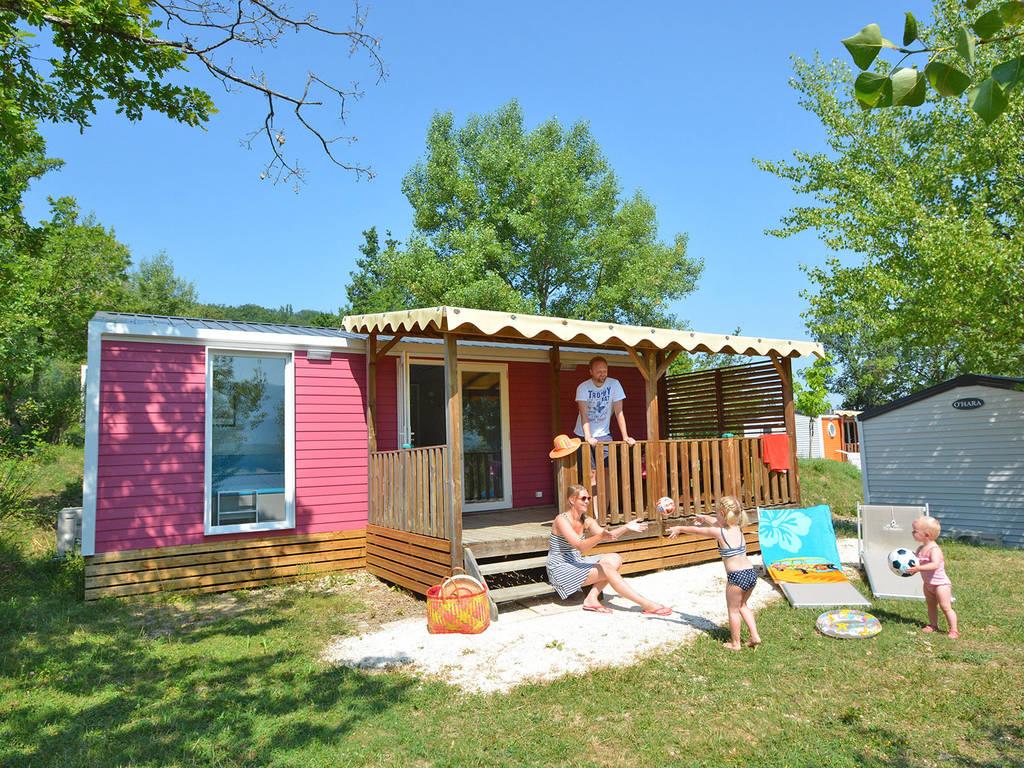 Camping Le Bois Jahan - Cottage 4 personnes 2 chambres 1 salle de bain climatisé(e) 4 fleurs Bourdeaux