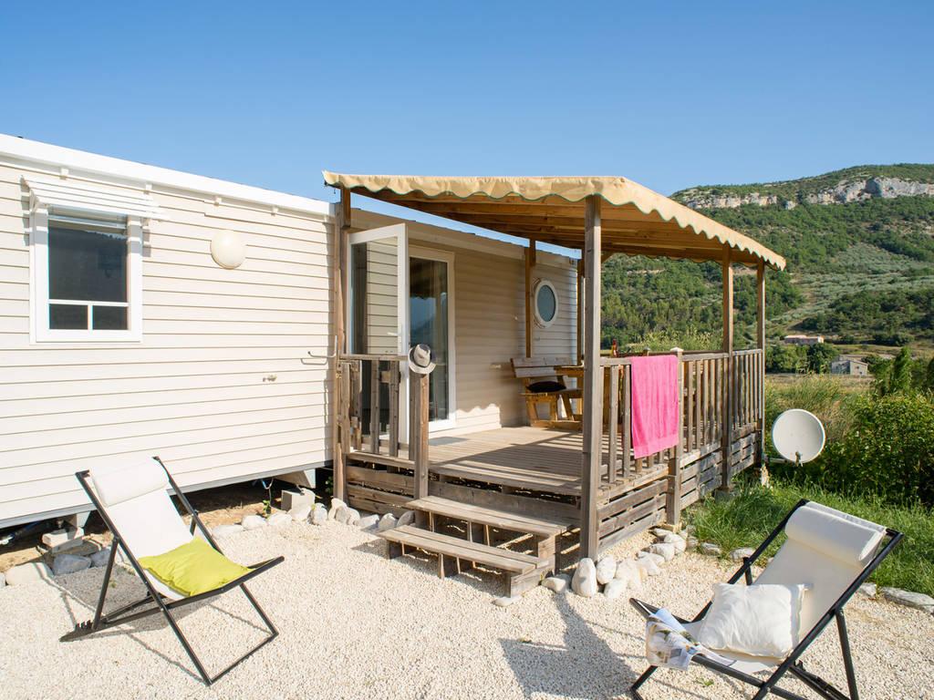 Cottage 4 6 personen 2 kamers 1 badkamer met airconditioning 3 bloemen nyons onze andere - Ouderlijke badkamer ...