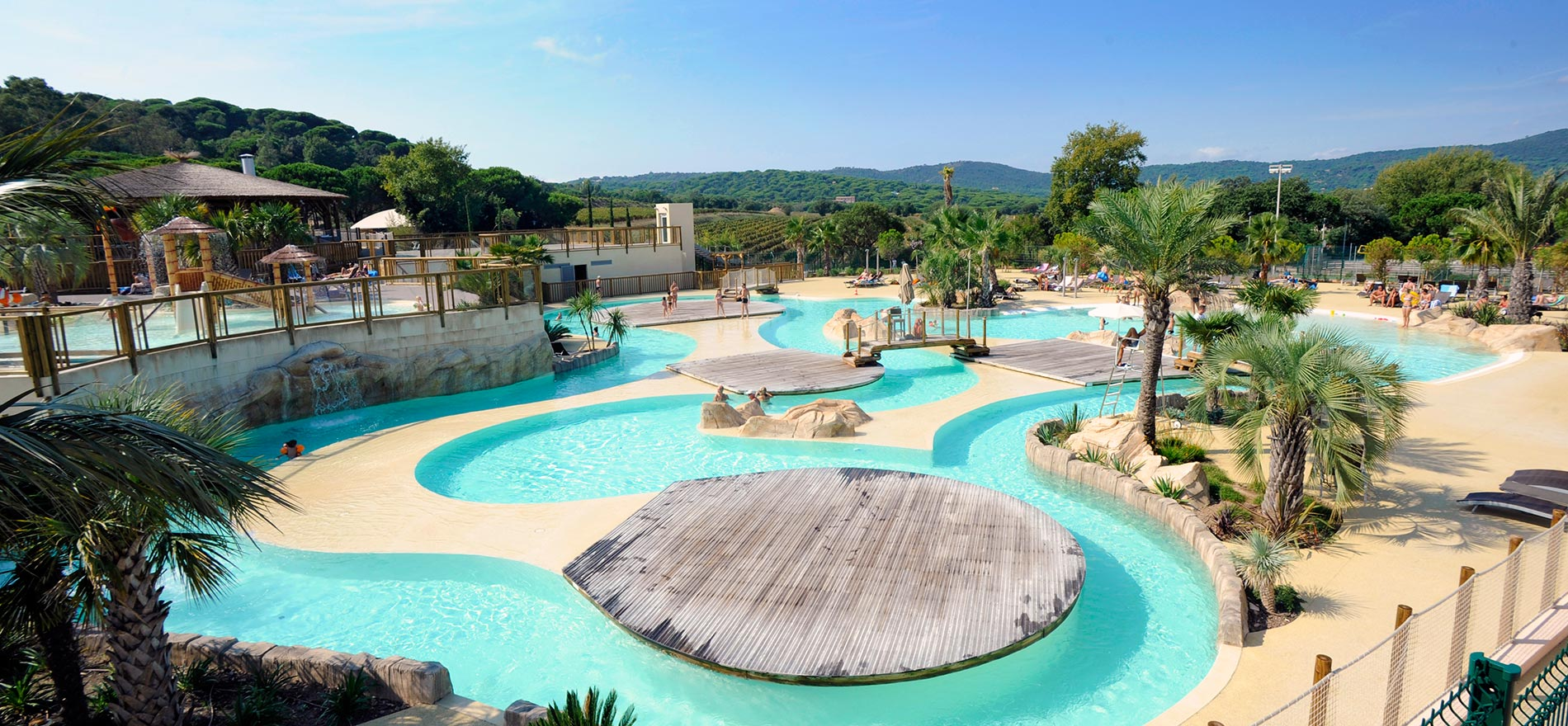 Camping les tournels yelloh village ramatuelle for Piscine du colombier