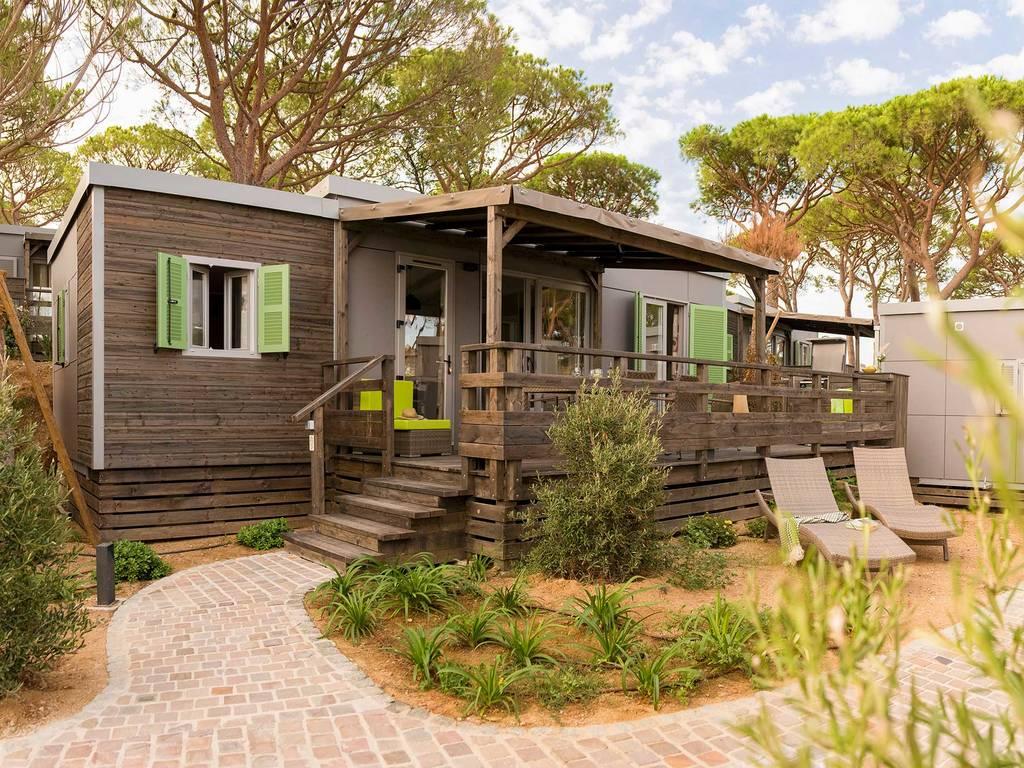 Cottage 4 personen 2 kamers 2 badkamers met airconditioning premium st tropez wijk l - Ouderlijke badkamer ...