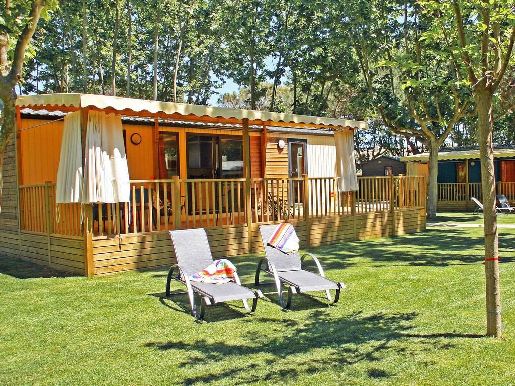 Cottage 4 personen 2 kamers 2 badkamers premium santa cristina d aro wijk palm empord - Ouderlijke badkamer ...