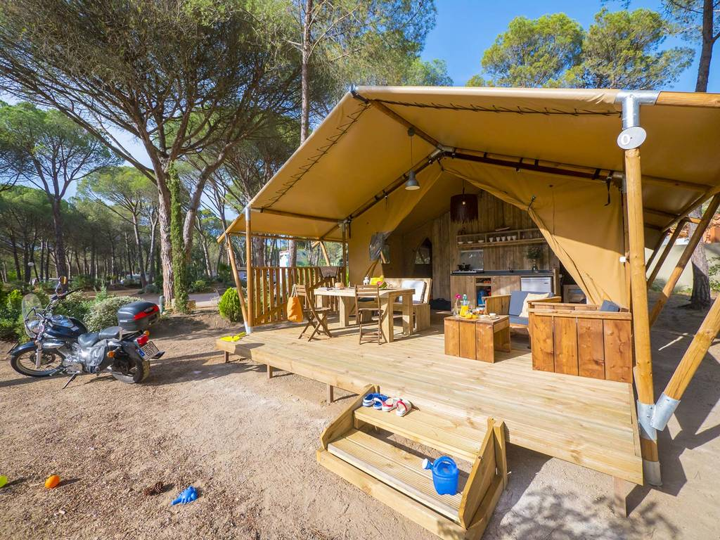 Tente meubl e lodge montg 5 personnes 2 chambres l 39 escala - Location tente meublee camping ...
