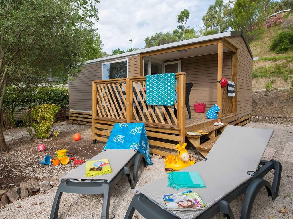 Mobilhome provence 4 6 personnes 2 chambres 1 salle de bain climatis e 3 fleurs la roquette - La table du village auribeau sur siagne ...