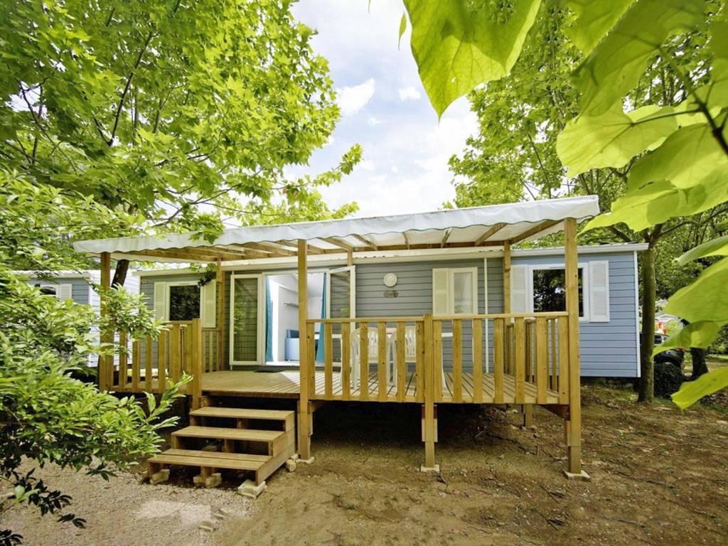 Cottage tribu 8 personnes 4 chambres 1 salle de bain climatis e 3 fleurs la roquette sur - La table du village auribeau sur siagne ...