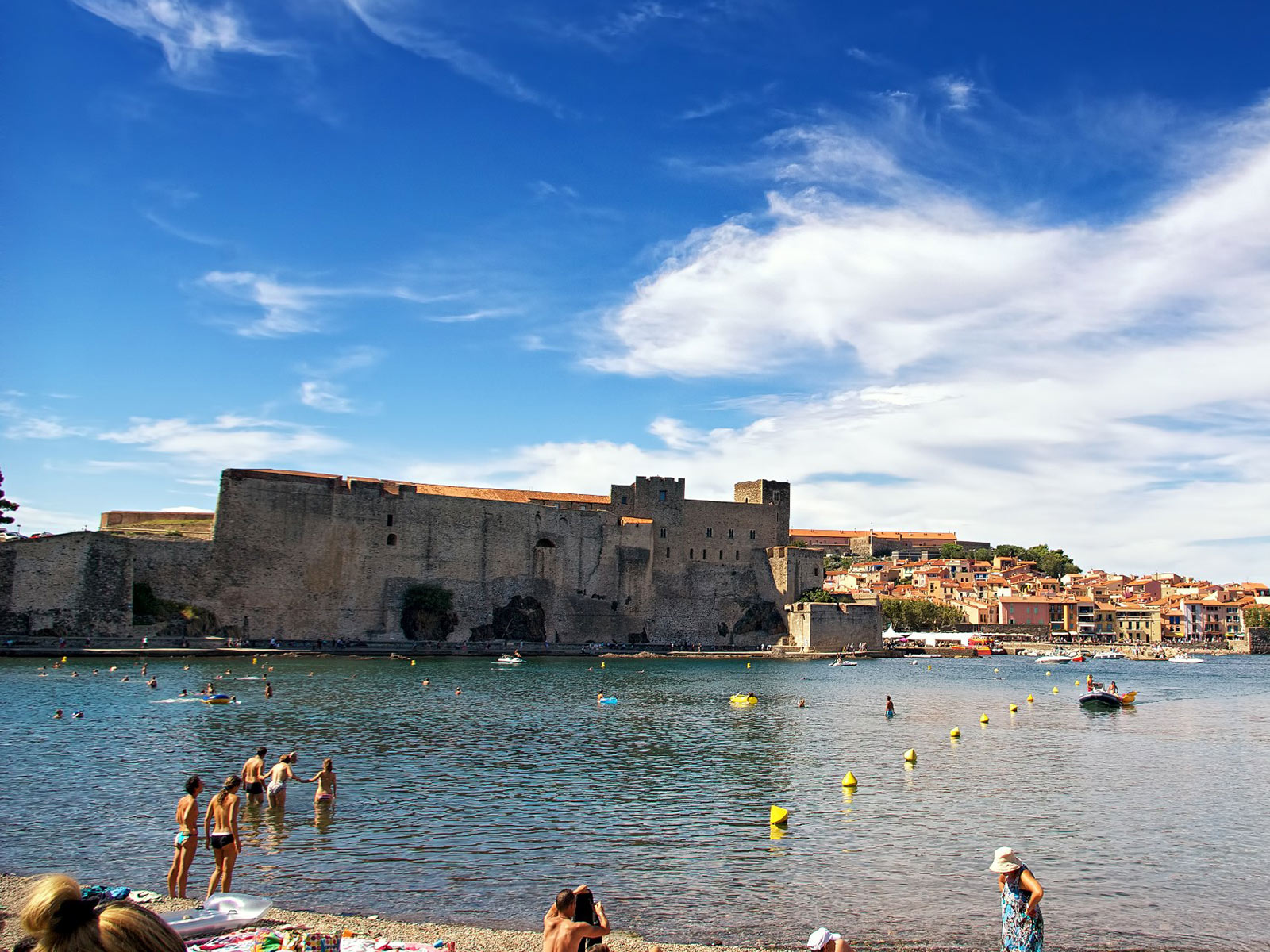 With yelloh village come and enjoy a camping holiday in for Les jardins de collioure