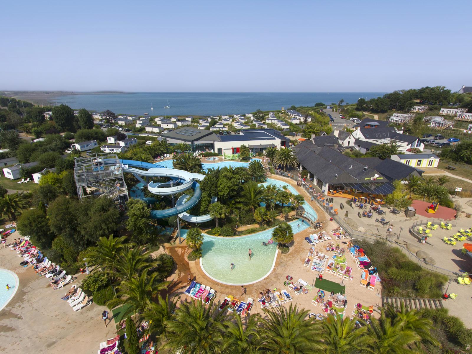 Camping Parc Aquatique Profitez Des Espaces Aquatiques Yelloh Village